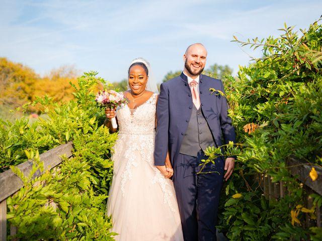Le mariage de Nicolas et Vanessa à Le Plessis-aux-Bois, Seine-et-Marne 36