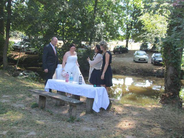 Le mariage de William et Claire à Saint-Ciers-d'Abzac, Gironde 5