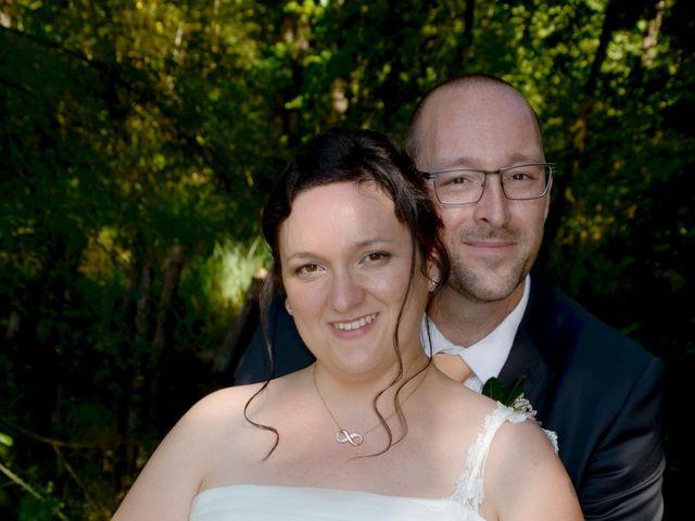 Le mariage de William et Claire à Saint-Ciers-d'Abzac, Gironde 16