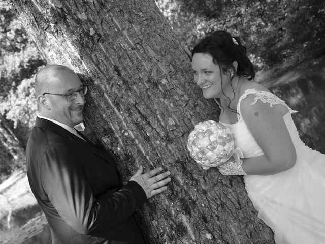 Le mariage de William et Claire à Saint-Ciers-d'Abzac, Gironde 20