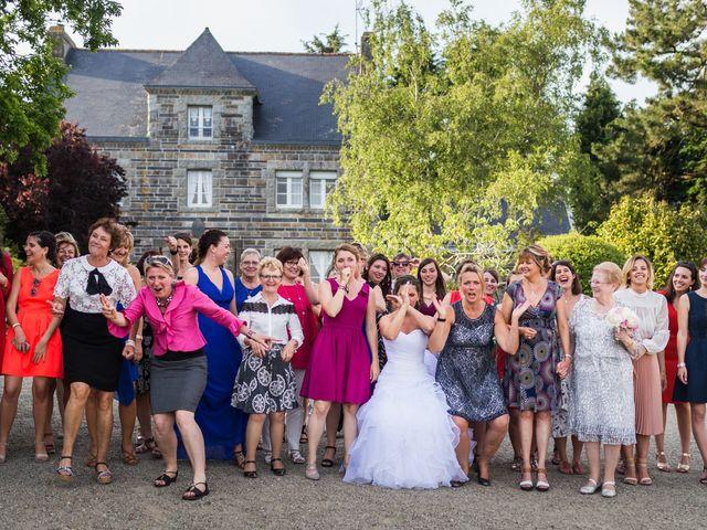 Le mariage de Julien et Charlène  à Quimper, Finistère 69