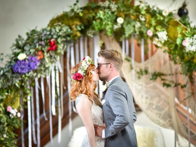 Le mariage de Marc et Jennifer à Husseren-Wesserling, Haut Rhin 14