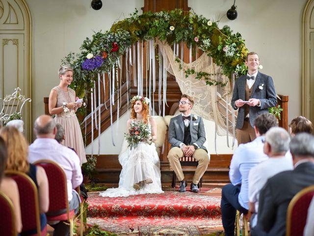 Le mariage de Marc et Jennifer à Husseren-Wesserling, Haut Rhin 2