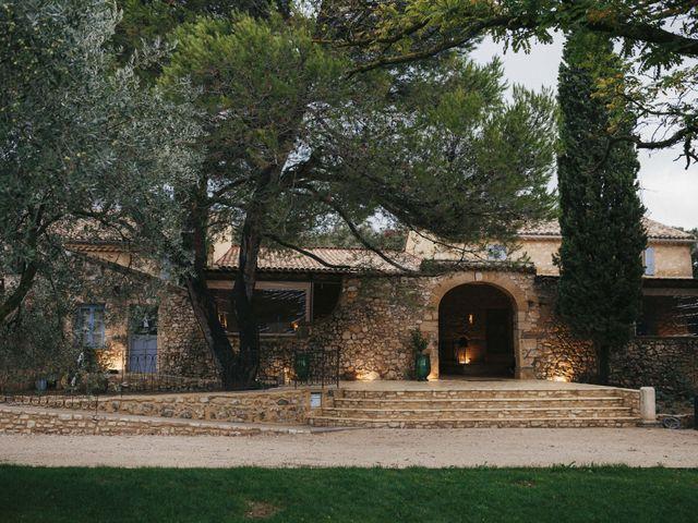 Le mariage de Alexandre et Magali à Rochefort-du-Gard, Gard 8