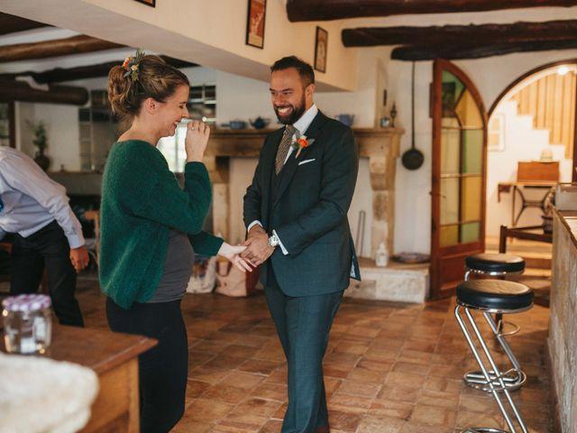 Le mariage de Alexandre et Magali à Rochefort-du-Gard, Gard 26