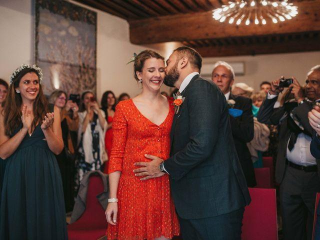Le mariage de Alexandre et Magali à Rochefort-du-Gard, Gard 39