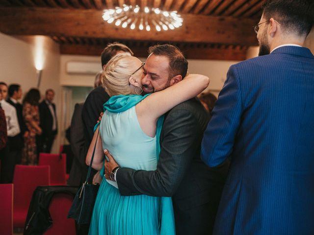 Le mariage de Alexandre et Magali à Rochefort-du-Gard, Gard 51
