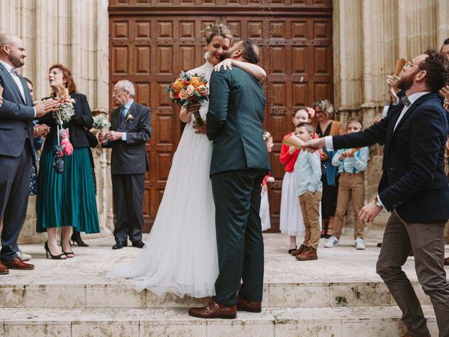 Le mariage de Alexandre et Magali à Rochefort-du-Gard, Gard 104