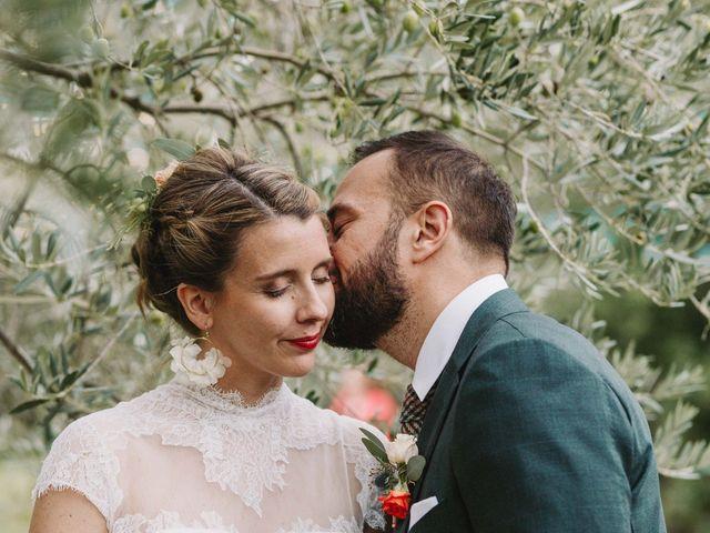 Le mariage de Alexandre et Magali à Rochefort-du-Gard, Gard 117