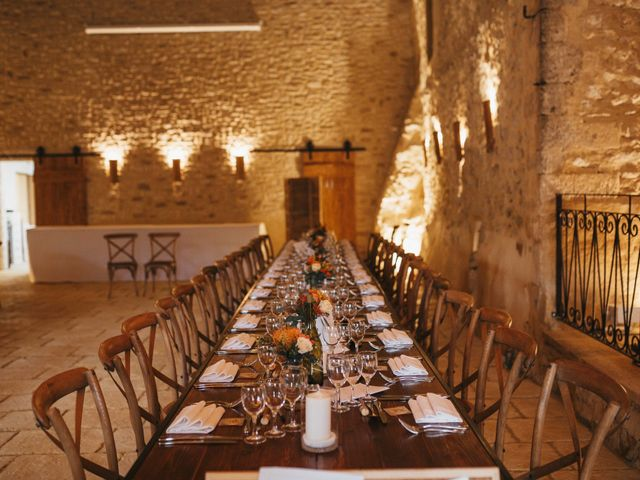 Le mariage de Alexandre et Magali à Rochefort-du-Gard, Gard 139