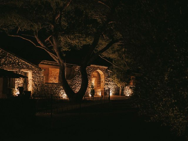 Le mariage de Alexandre et Magali à Rochefort-du-Gard, Gard 149