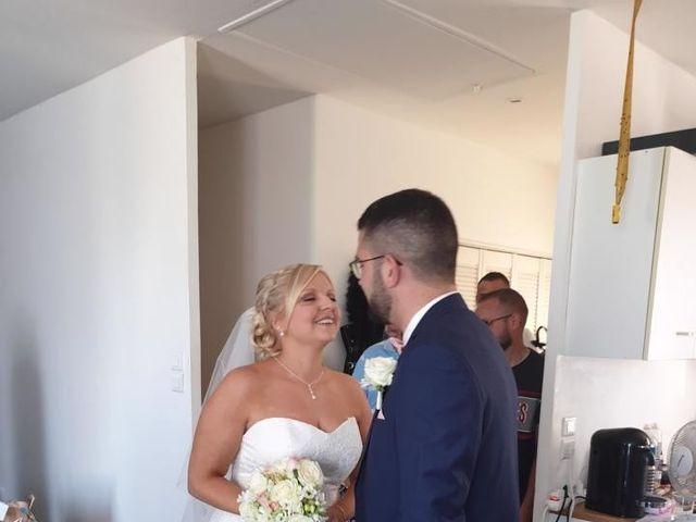 Le mariage de  Anthony et Laura   à Wavignies, Oise 3