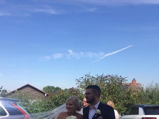 Le mariage de  Anthony et Laura   à Wavignies, Oise 4