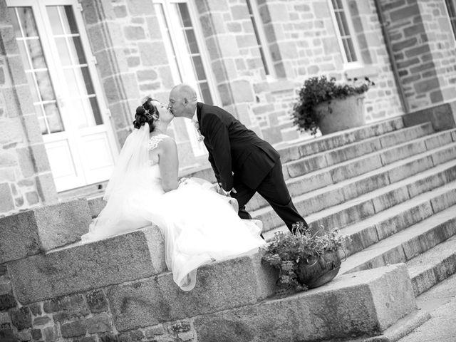 Le mariage de Thomas et Sophie à Craon, Mayenne 22