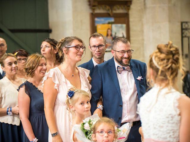 Le mariage de Thomas et Sophie à Craon, Mayenne 33