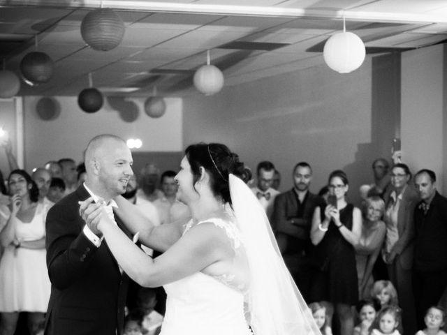 Le mariage de Thomas et Sophie à Craon, Mayenne 82