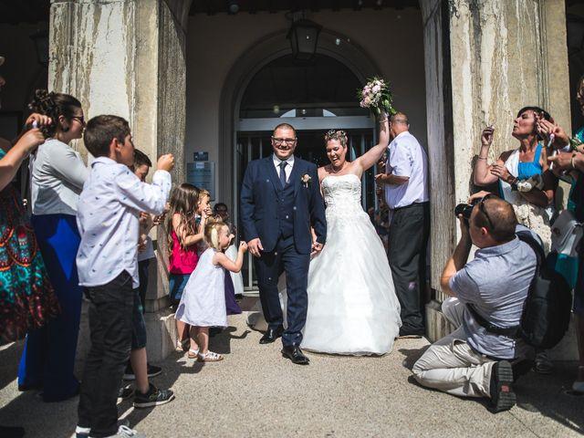 Le mariage de Anthony et Angélique à Cluses, Haute-Savoie 13