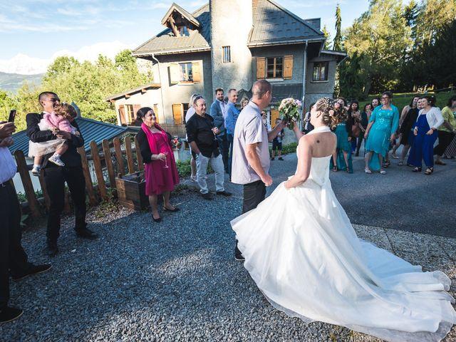 Le mariage de Anthony et Angélique à Cluses, Haute-Savoie 17