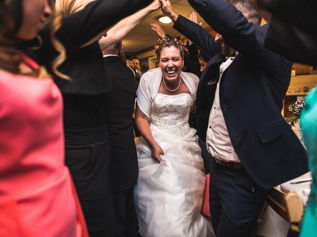 Le mariage de Anthony et Angélique à Cluses, Haute-Savoie 27