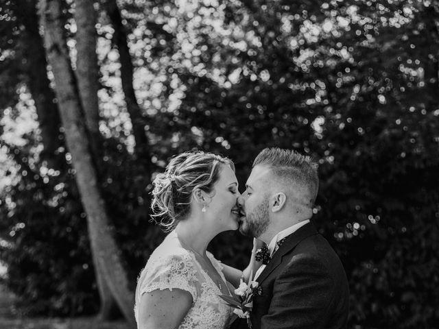 Le mariage de Corentin et Jennifer à Saint-Sixt, Haute-Savoie 35