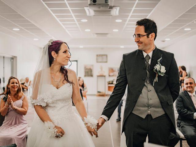 Le mariage de Damien et Beverly à Rousson, Gard 5