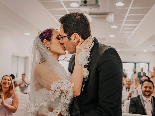 Le mariage de Damien et Beverly à Rousson, Gard 6