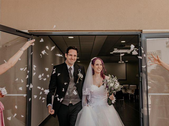 Le mariage de Damien et Beverly à Rousson, Gard 11