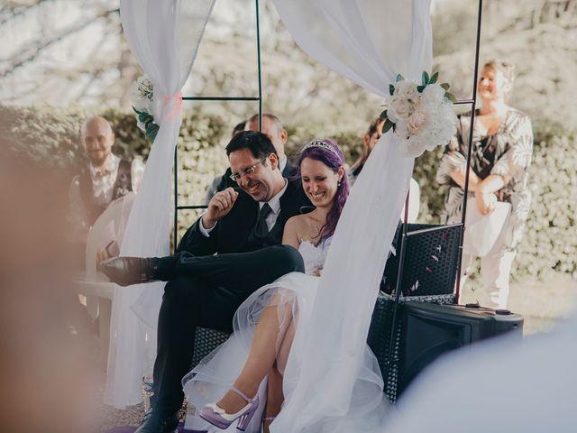 Le mariage de Damien et Beverly à Rousson, Gard 22