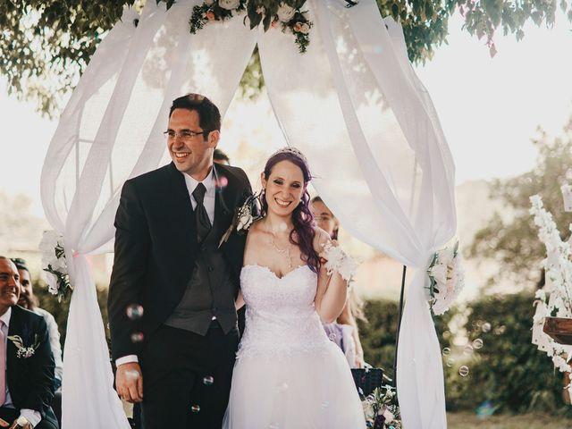 Le mariage de Damien et Beverly à Rousson, Gard 34