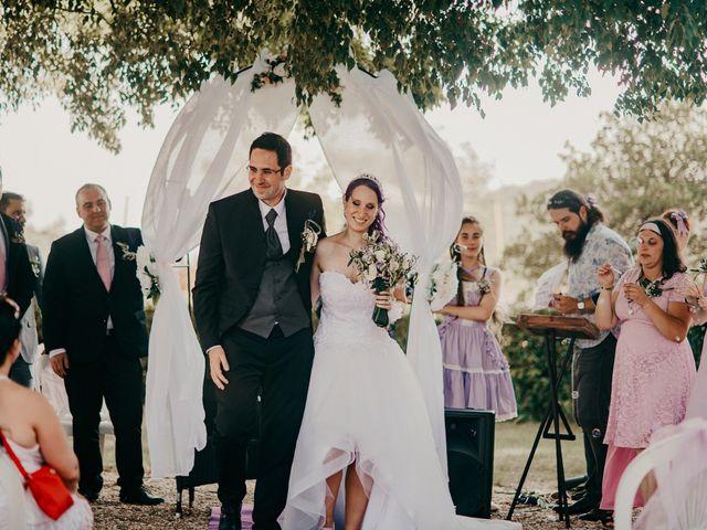 Le mariage de Damien et Beverly à Rousson, Gard 36