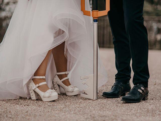 Le mariage de Damien et Beverly à Rousson, Gard 73