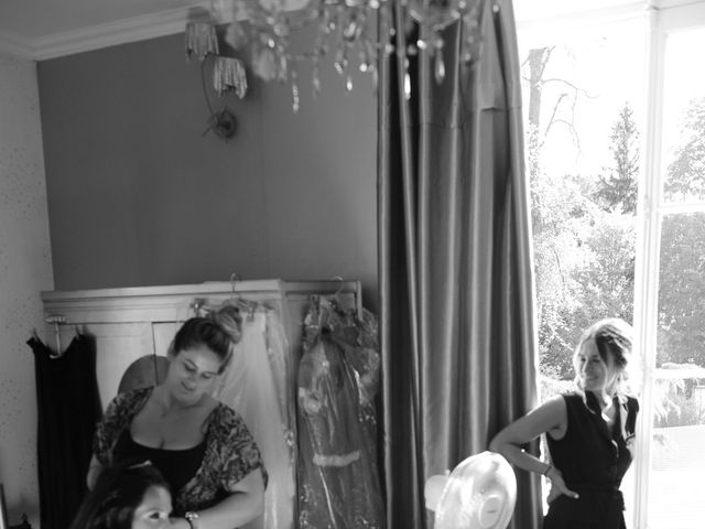 Le mariage de Jonathan et Kim à Le Coudray-Montceaux, Essonne 4