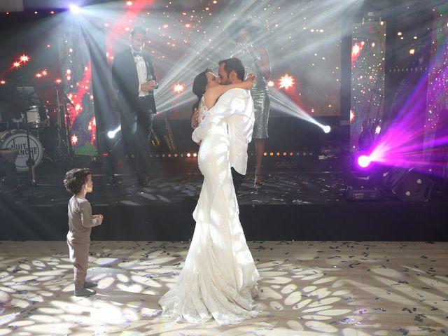 Le mariage de Jonathan et Kim à Le Coudray-Montceaux, Essonne 2