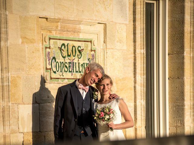 Le mariage de Xavier et Clotilde à Cubzac-les-Ponts, Gironde 12