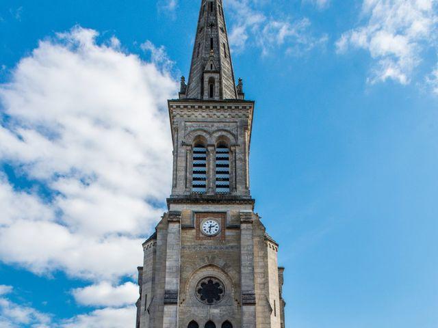 Le mariage de Xavier et Clotilde à Cubzac-les-Ponts, Gironde 16