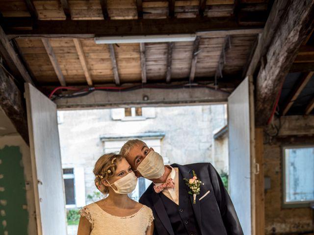 Le mariage de Xavier et Clotilde à Cubzac-les-Ponts, Gironde 23