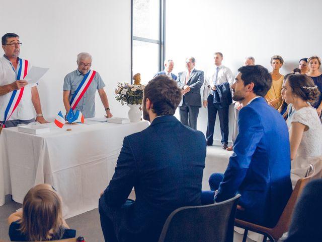 Le mariage de Clément et Elisa à Magneux-Haute-Rive, Loire 19