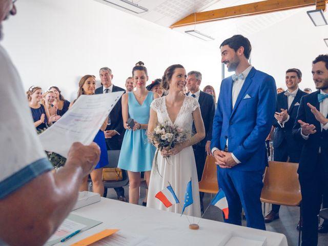 Le mariage de Clément et Elisa à Magneux-Haute-Rive, Loire 22