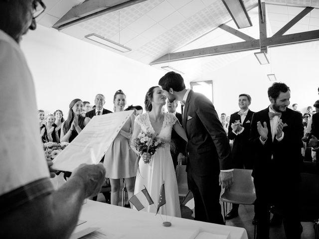 Le mariage de Clément et Elisa à Magneux-Haute-Rive, Loire 23