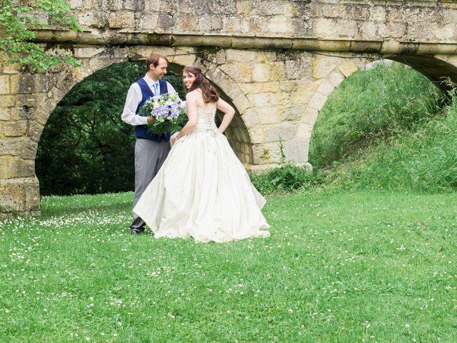Le mariage de James et Anna à Goudourville, Tarn-et-Garonne 29