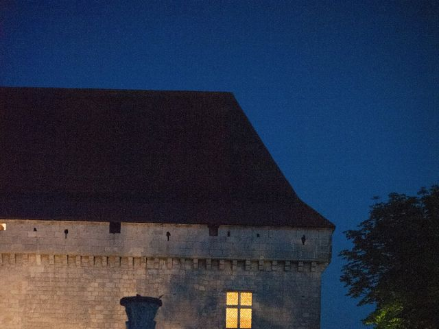 Le mariage de James et Anna à Goudourville, Tarn-et-Garonne 43