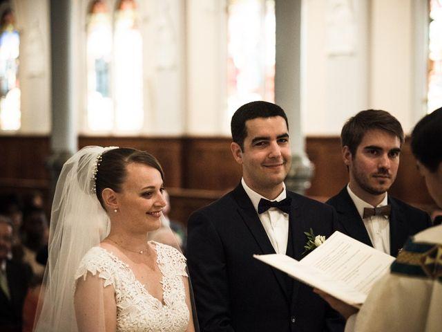 Le mariage de Antoine et Claire à Lignan-de-Bordeaux, Gironde 11