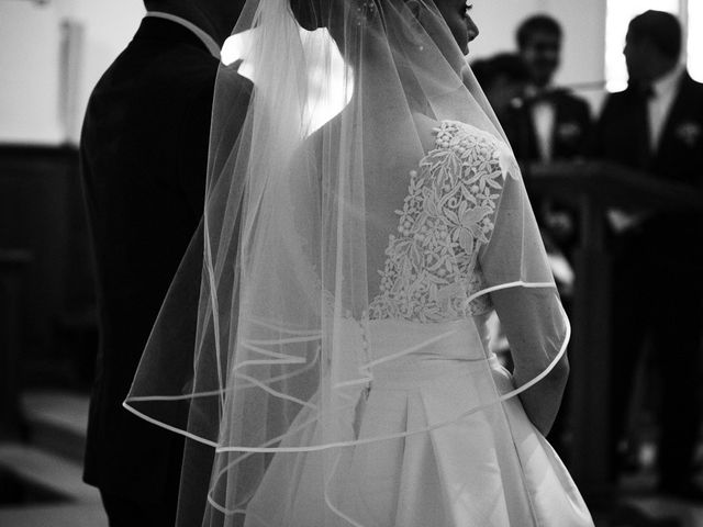 Le mariage de Antoine et Claire à Lignan-de-Bordeaux, Gironde 14