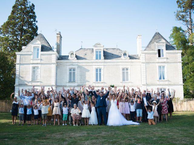 Le mariage de Olivier et Coralie à Niort, Deux-Sèvres 21