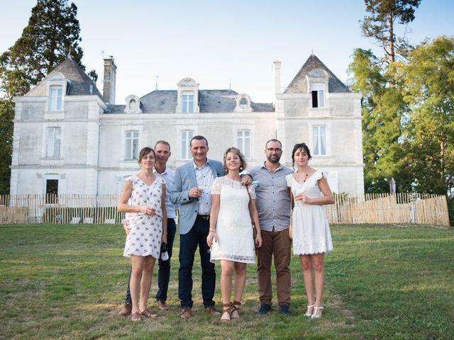 Le mariage de Olivier et Coralie à Niort, Deux-Sèvres 36