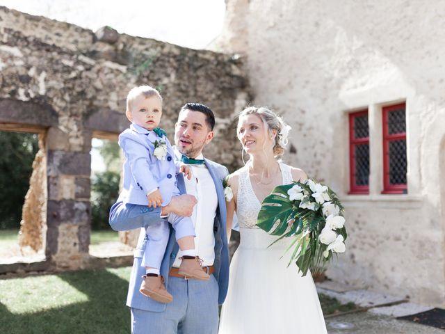 Le mariage de Alexandre et Tiffanie à Bernay, Sarthe 24