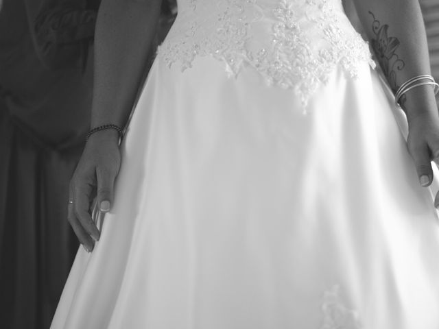 Le mariage de Christian et Delhia à Nîmes, Gard 4