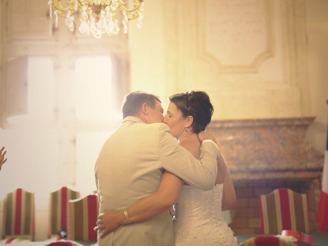 Le mariage de Christian et Delhia à Nîmes, Gard 6