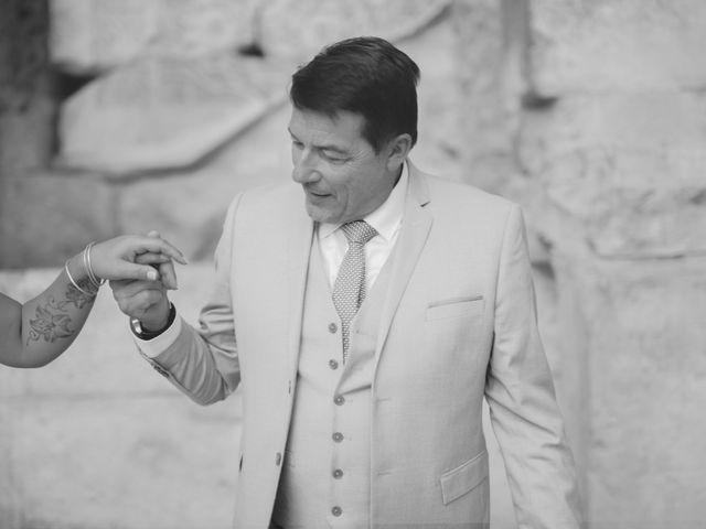 Le mariage de Christian et Delhia à Nîmes, Gard 9