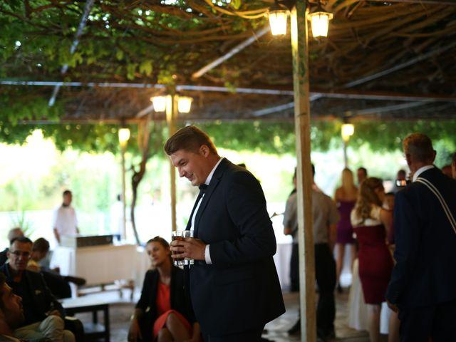 Le mariage de Christian et Delhia à Nîmes, Gard 17